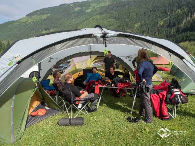 Basecamp Tirol Packraftingtour 2017 © Land Water Adventures