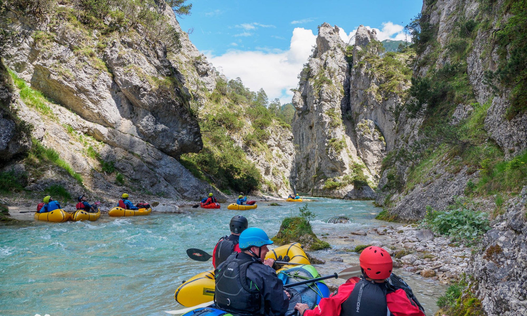 Packrafting Tirol Obere Isar © Land Water Adventures