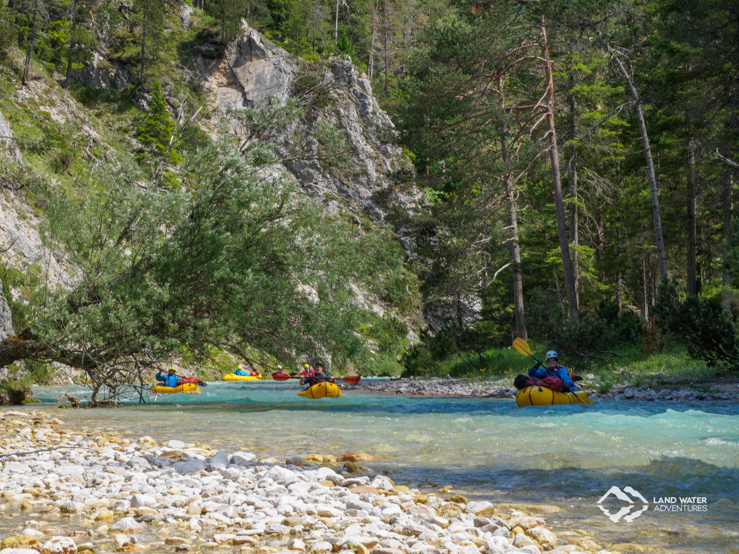 Packrafting Whitewater Course Isar © Land Water Adventures