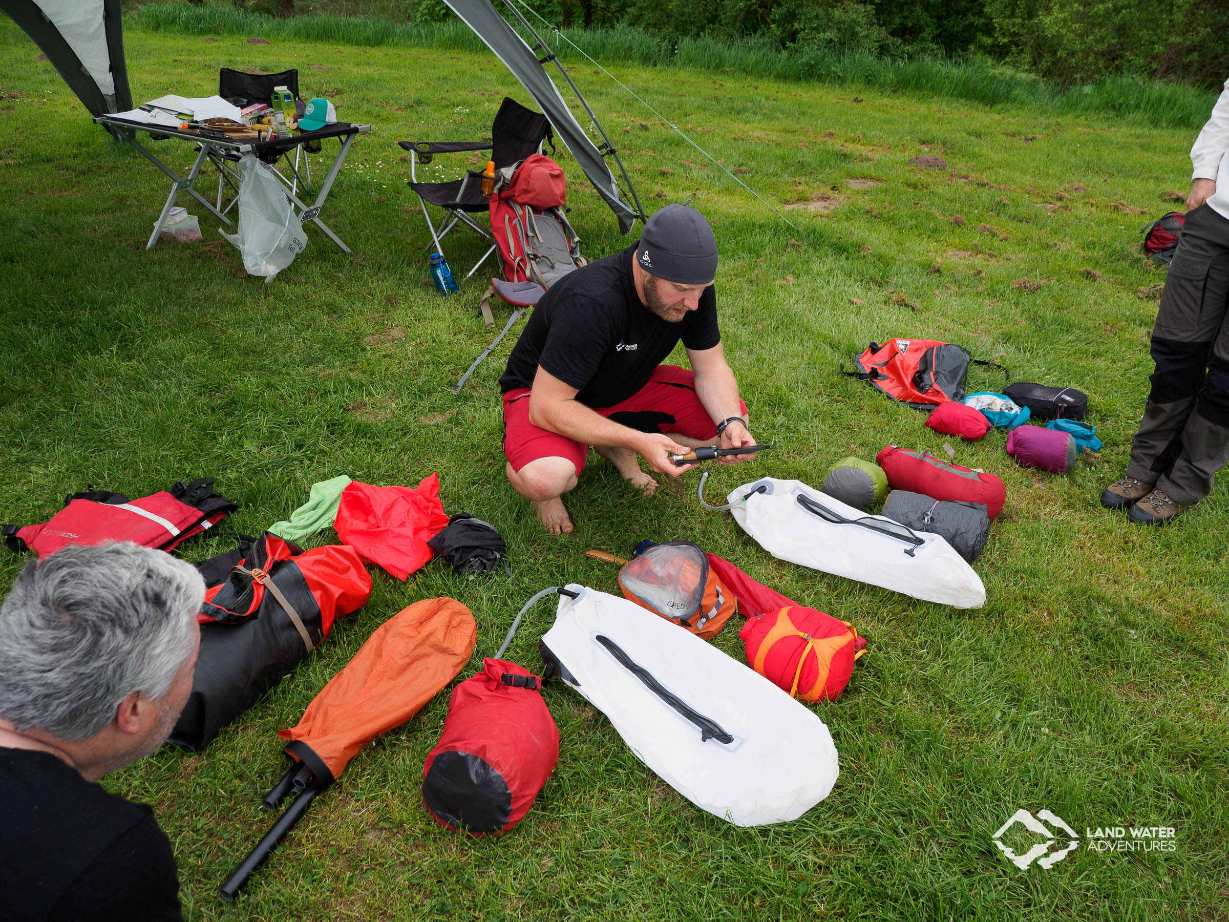 Multiday Packrafting Kompaktkurs Ausrüstungscheck © Land Water Adventures