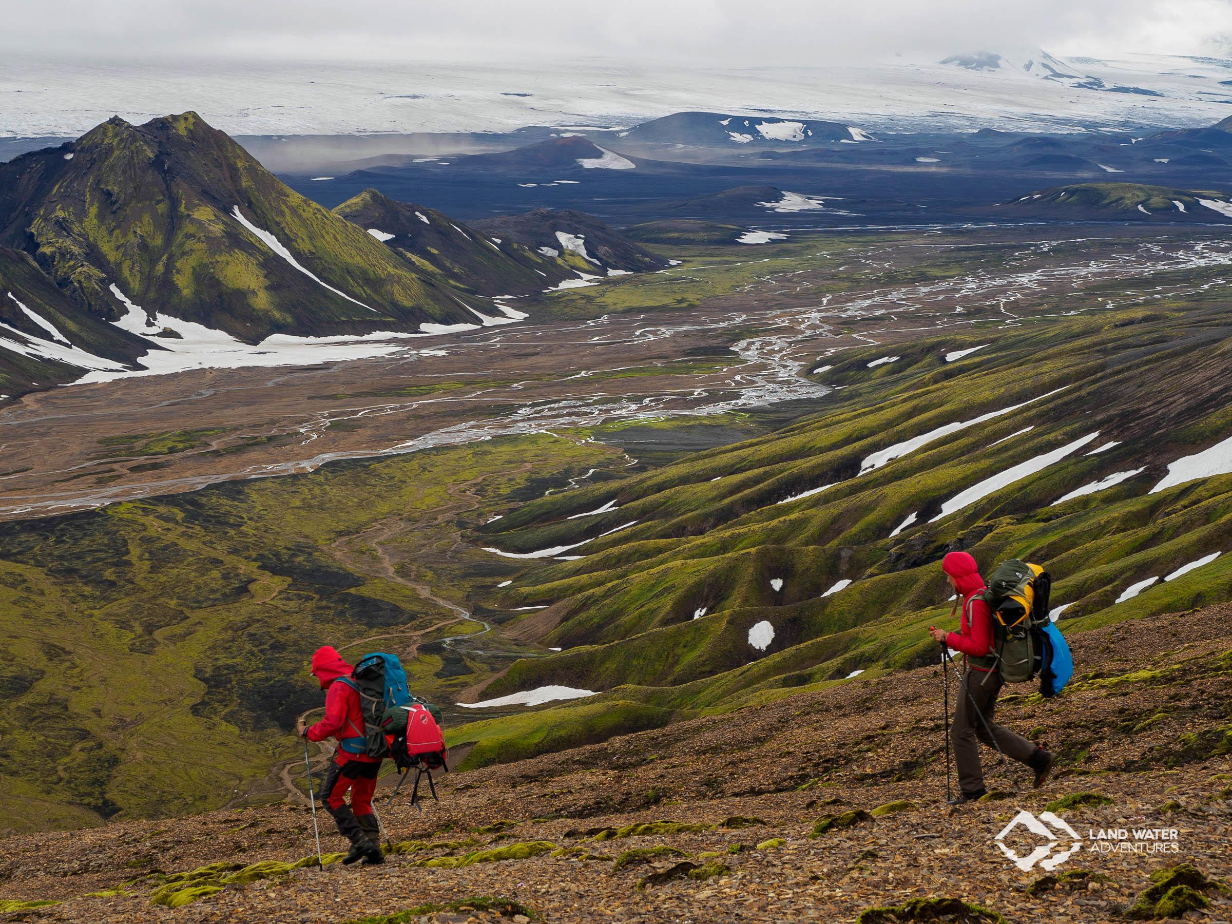 Abstieg aus den isländischen Highlands © Land Water Adventures