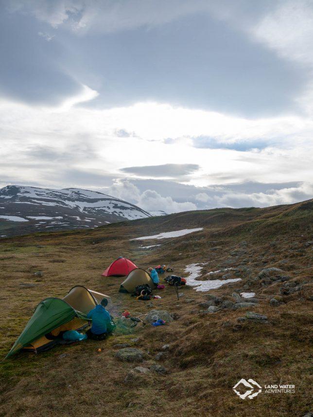 Camp in der Weite Laponias © Land Water Adventures