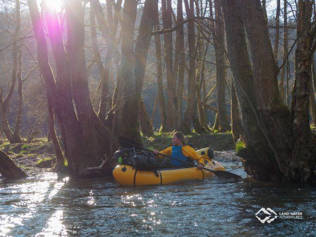 Frühlingssonne im Hahnenbachtal © Land Water Adventures