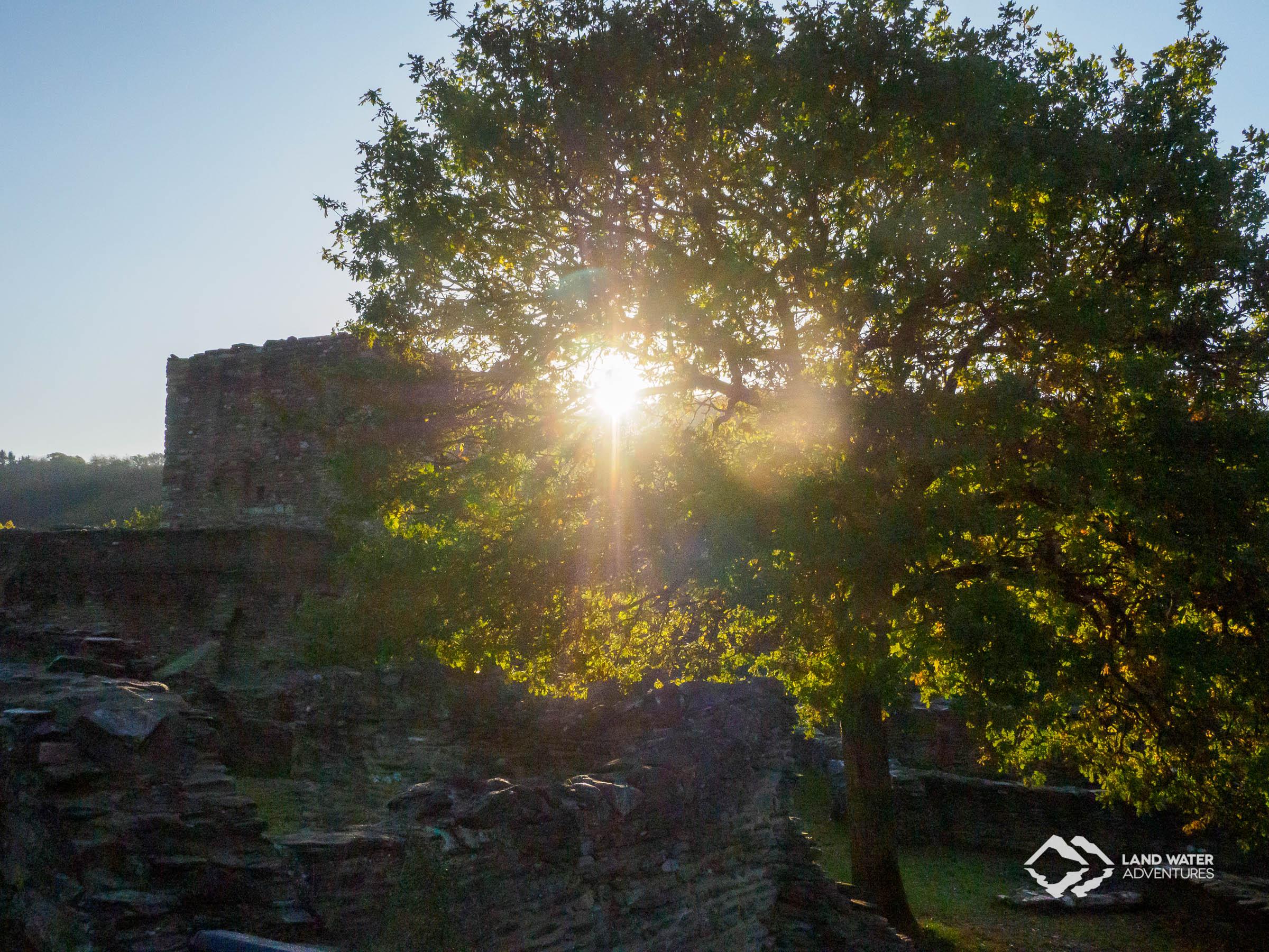 Die Schmidtburg in der Abendensonne © Land Water Adventures